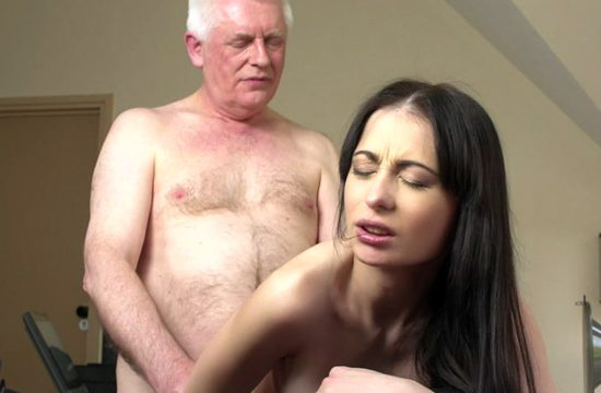 The intern sleeps with his boss who is twice his age and empties his balls
